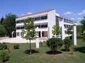 Današnja zgrada škole